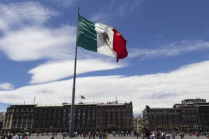 Many Americans are moving to Mexico