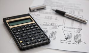 Why bother with manual calculcators, loads of papers and numbers, when there is accounting software for movers that can solve all your problems.